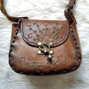1970's vintage hand tooled leather crossbody purse